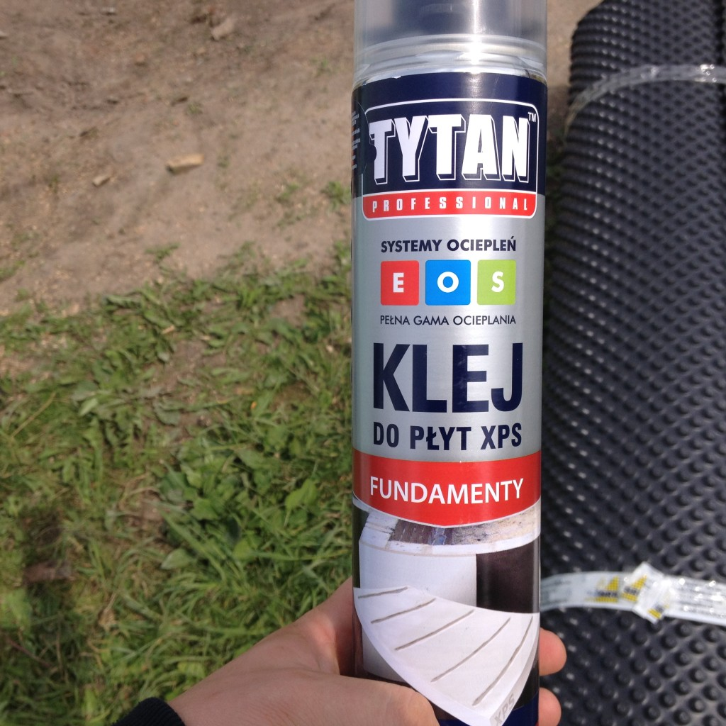 Tytan Professional -Klej do płyt XPS Fundamenty