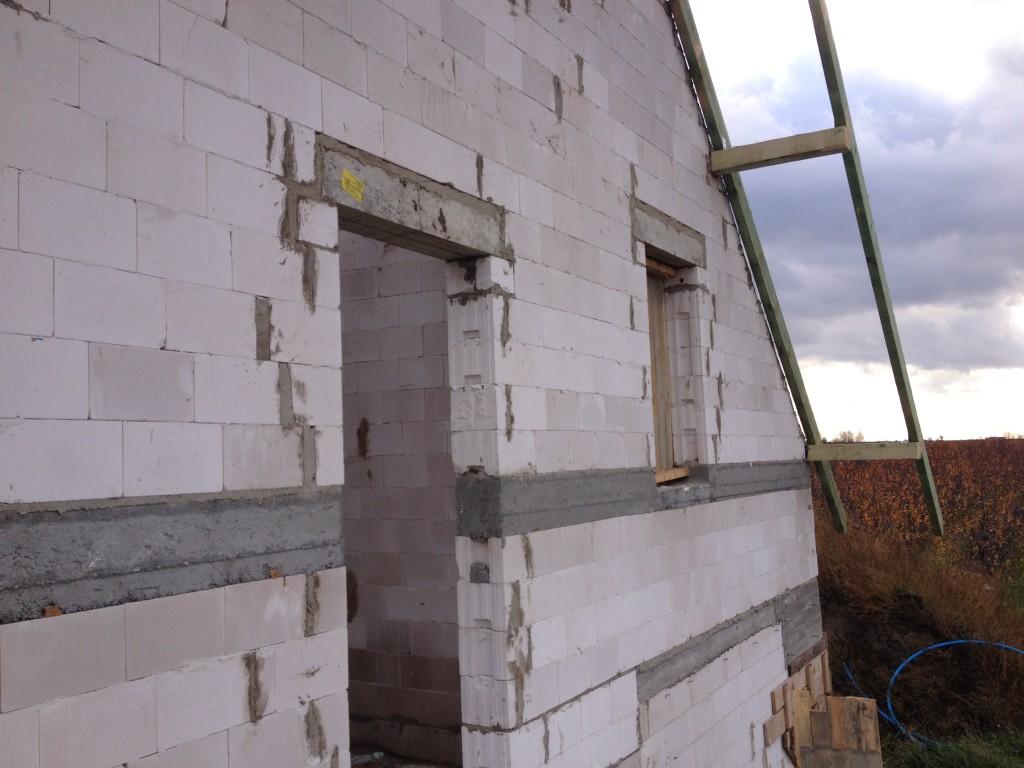 budowa ścian szczytowych poddasza -budowa domu systemem gospodarczym