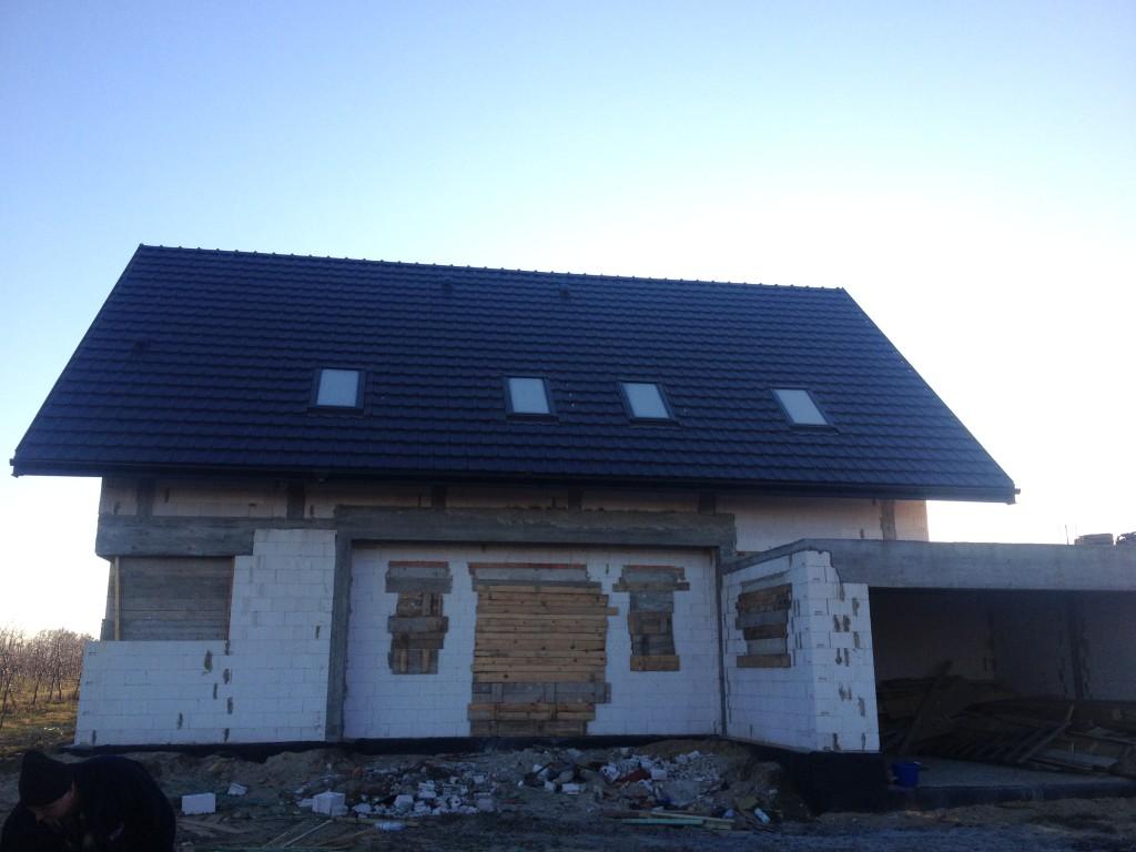 Pokrycie dachu dachówką ceramiczną, wykonanie, montaż , robocizna