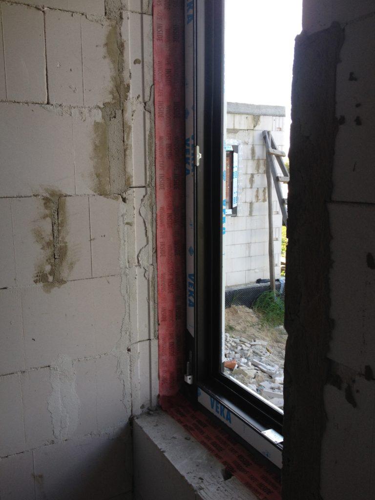 Montaż okien - http://www.oknadrzwi.net/ firma Ideal