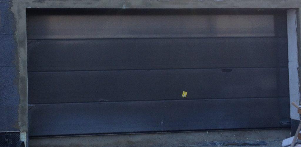 Drzwi zewnętrzne i brama garażowa